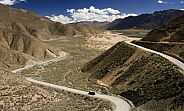Tibet - Remote road - Tsetang area